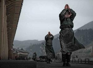 PhotoVivo Honor Mention - Youming Xiong (China)  Pilgrimage