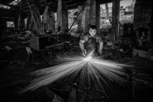PhotoVivo Honor Mention - Tianming Zhang (China) <br /> The Last Smithy