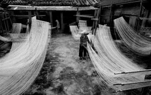 PhotoVivo Honor Mention - Sherman Cheang (Macau)  Drying Noodles