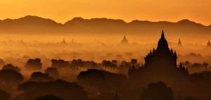 IUP Honor Mention - Pat Choo (Singapore)  Golden Sunrise At Bagan