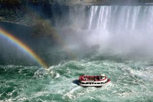 Bugis Photo Cup Circuit Silver Medal - Bernhard Pfeiff (Germany)  Niagara Falls 1