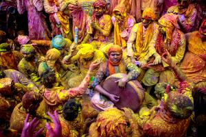 Bugis Photo Cup Circuit Merit Award - Pinku Dey (India) <br /> Colorful