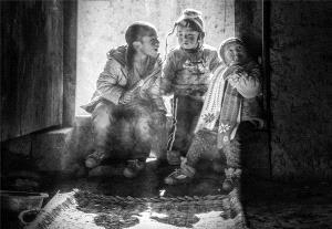 Bugis Photo Cup Circuit Merit Award - Yuejia Huang (China) <br /> Childhood