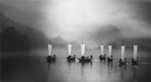 PhotoVivo Honor Mention - Weihua Huang (China) <br /> Sail Shadow On Ou River