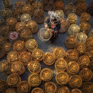 PhotoVivo Honor Mention - Wenhui Yan (China) <br /> Craft