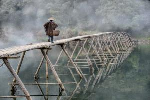 PhotoVivo Honor Mention - Feng Lee (Taiwan)  Farmer Cross Bridge