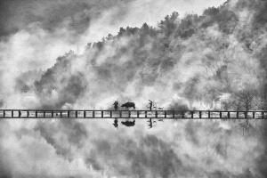 Bugis Photo Cup Circuit Merit Award - Feng Lee (Taiwan) <br /> Lishui Abstract Reflection