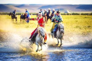 Bugis Photo Cup Circuit Merit Award - Lijun Shi (China) <br /> Horseback Riding