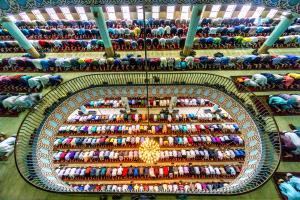 PhotoVivo Gold Medal - Sohel Parvez Haque (Bangladesh)  Prayer