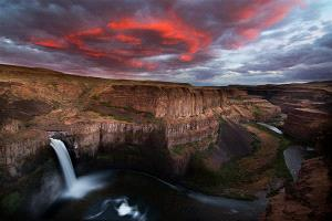 PSA Gold Medal - Philip Chan (Canada)  Palouse Falls Sunset
